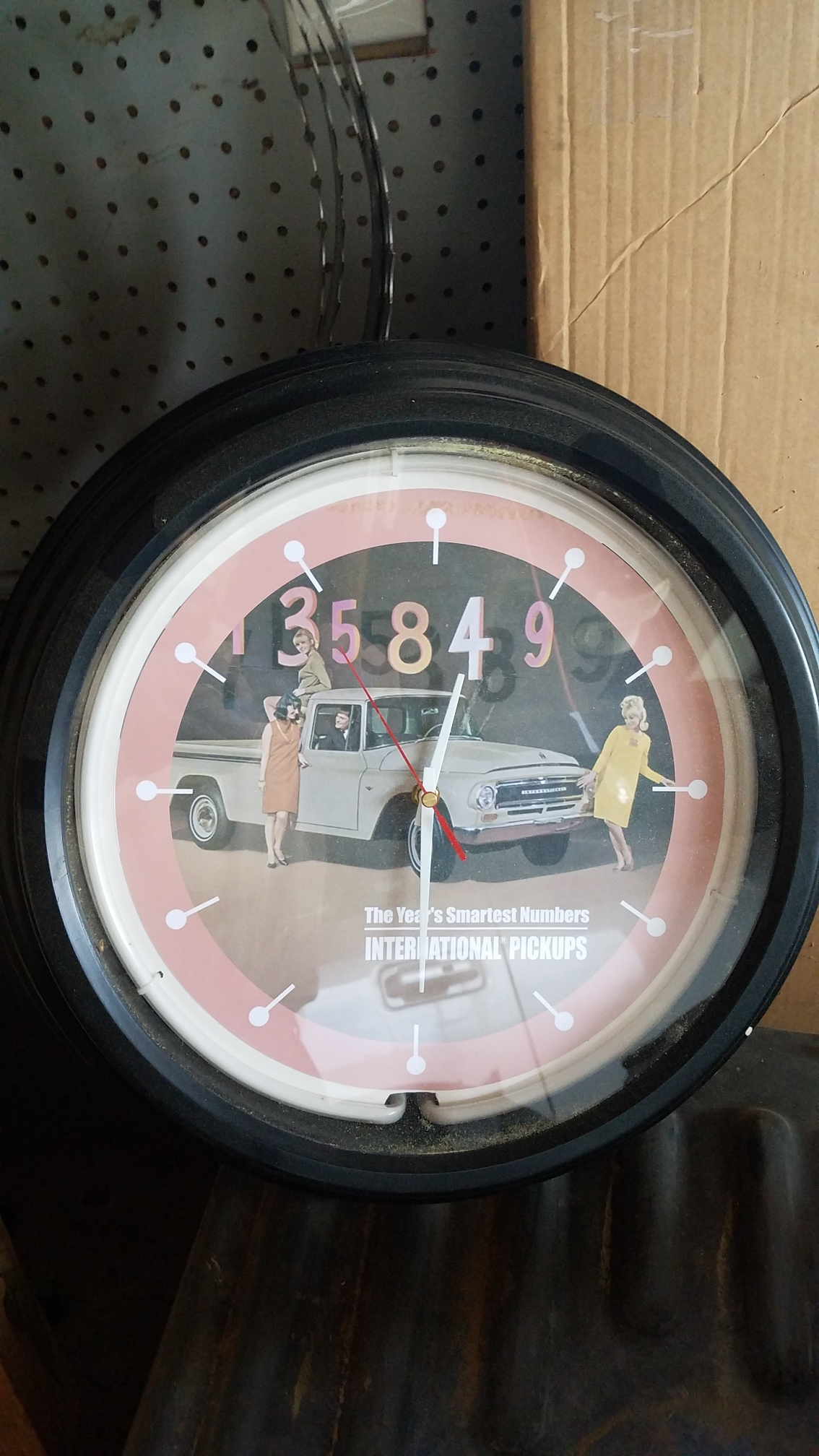 ih-clock1.jpg